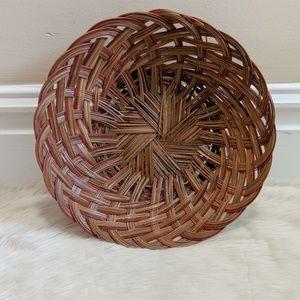 Vintage round wicker basket bowl.